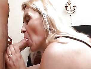 Facials Mature Threesome